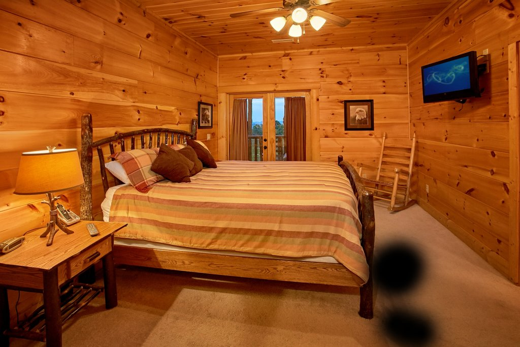 Photo of a Pigeon Forge Cabin named Pinnacle Vista - This is the thirtieth photo in the set.