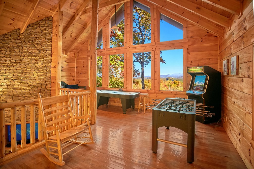 Photo of a Pigeon Forge Cabin named Pinnacle Vista - This is the tenth photo in the set.