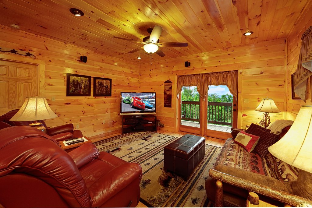 Photo of a Gatlinburg Cabin named Knotty Pine Delight - This is the seventh photo in the set.