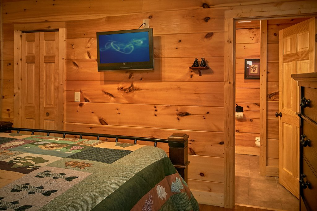 Photo of a Pigeon Forge Cabin named Pinnacle Vista - This is the twenty-seventh photo in the set.