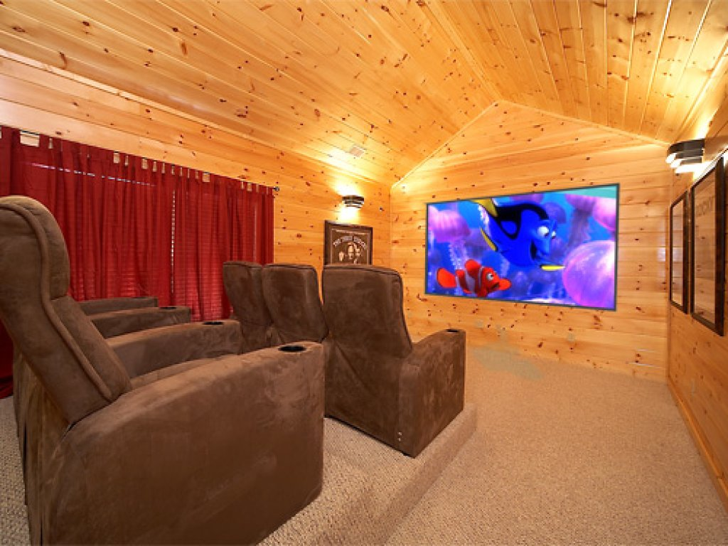 Photo of a Gatlinburg Cabin named A Smoky Hideaway - This is the first photo in the set.