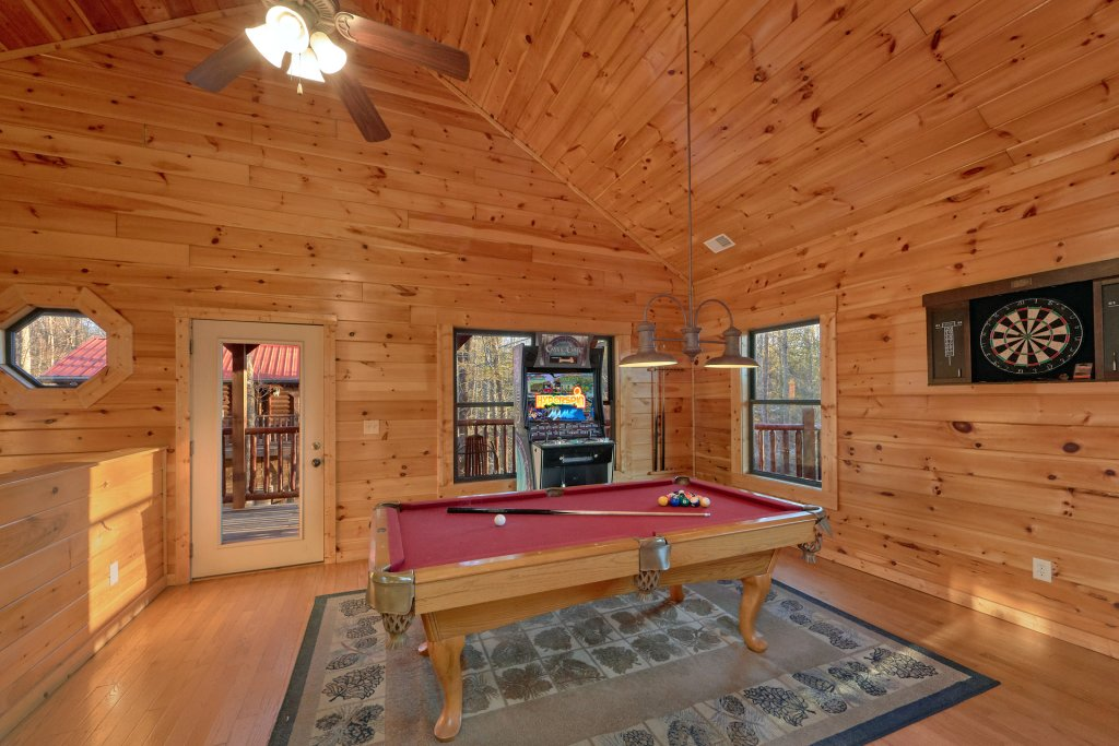 Photo of a Gatlinburg Cabin named A Smoky Hideaway - This is the third photo in the set.