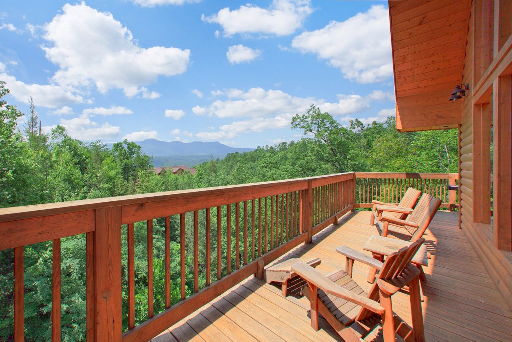 Photo of a Gatlinburg Cabin named Knotty Pine Delight - This is the third photo in the set.