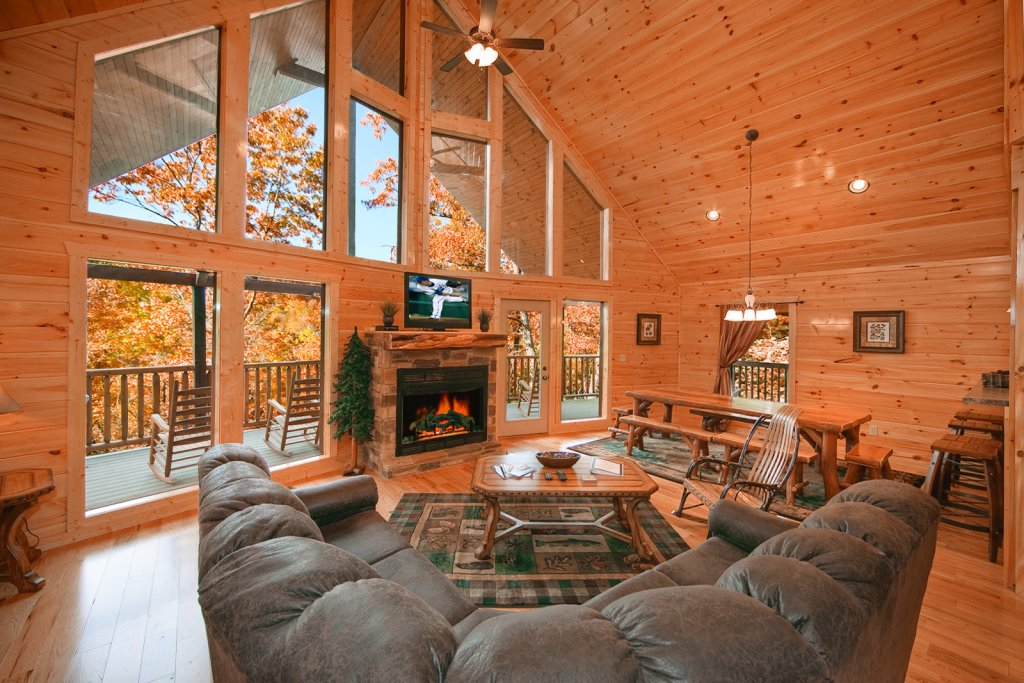 Photo of a Gatlinburg Cabin named Lazy Daze Lodge - This is the tenth photo in the set.