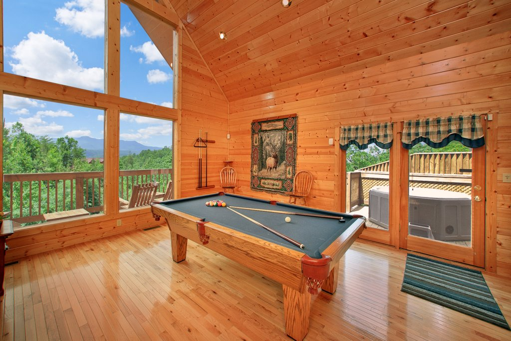 Photo of a Gatlinburg Cabin named Knotty Pine Delight - This is the fourth photo in the set.