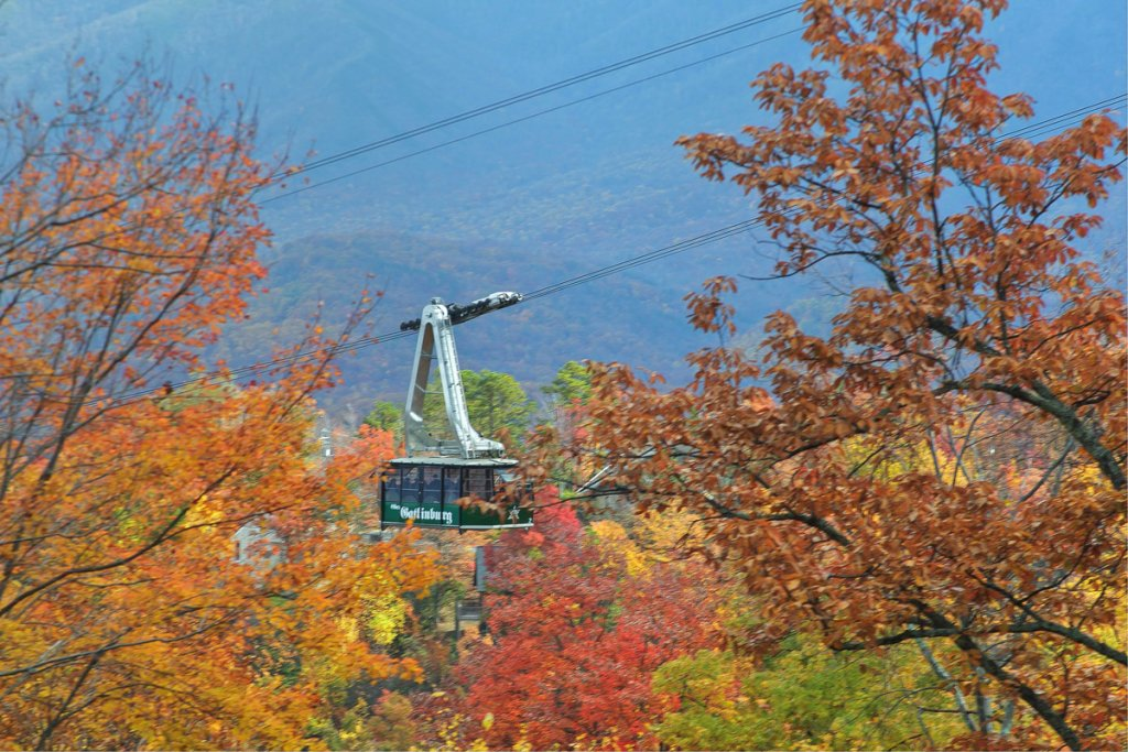 Photo of a Gatlinburg Cabin named Fire In The Sky - This is the eighteenth photo in the set.