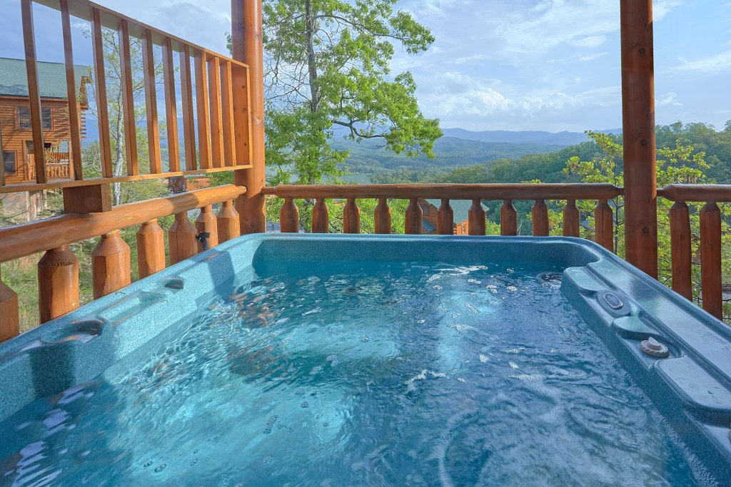 Photo of a Pigeon Forge Cabin named Legacy Vista - This is the second photo in the set.