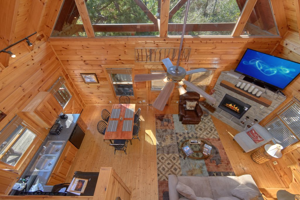 Photo of a Pigeon Forge Cabin named King's View - This is the fourteenth photo in the set.