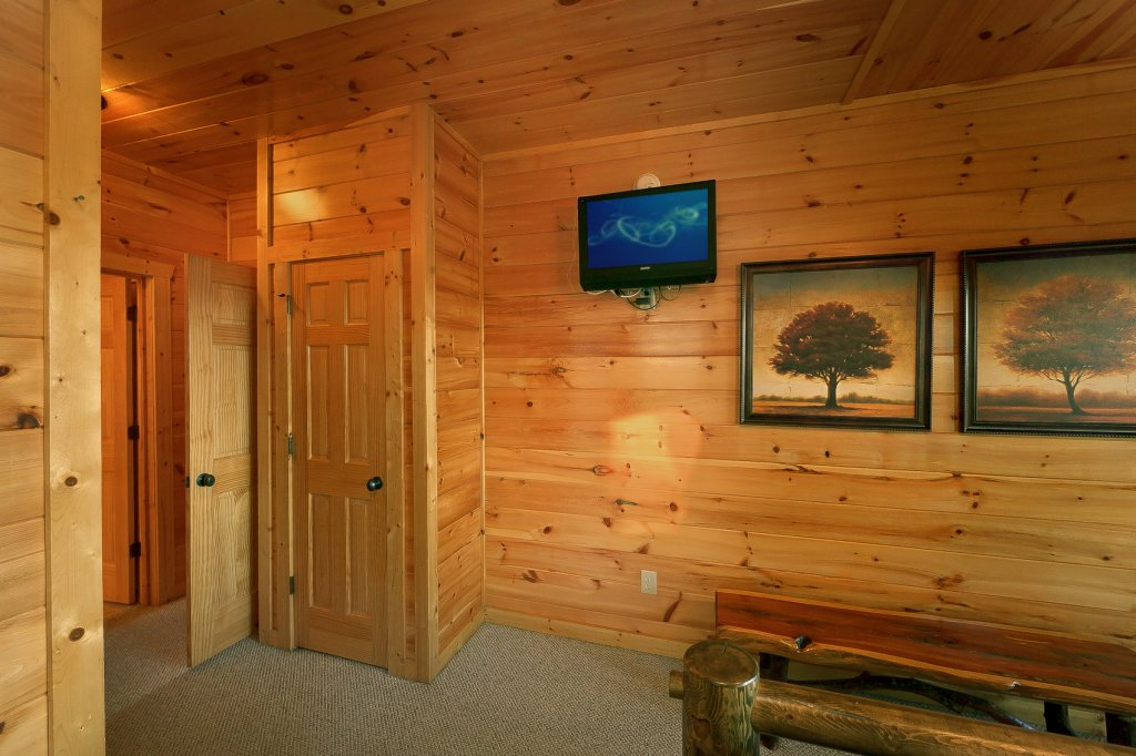 Photo of a Gatlinburg Cabin named Mountain Bliss - This is the seventeenth photo in the set.