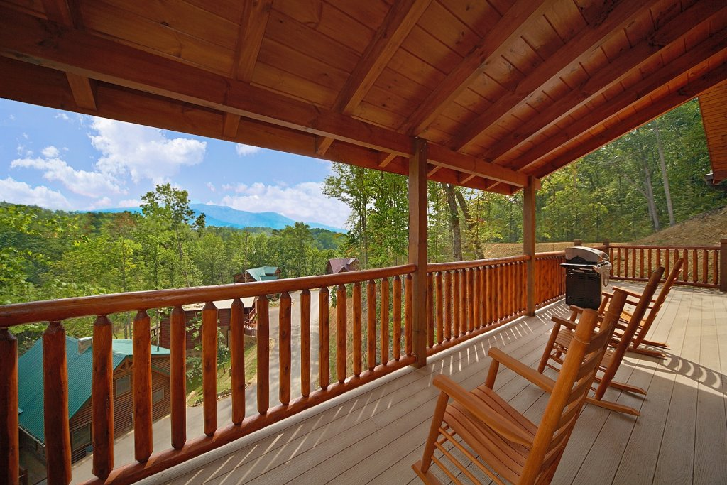 Photo of a Gatlinburg Cabin named Almost Heaven - This is the fourth photo in the set.