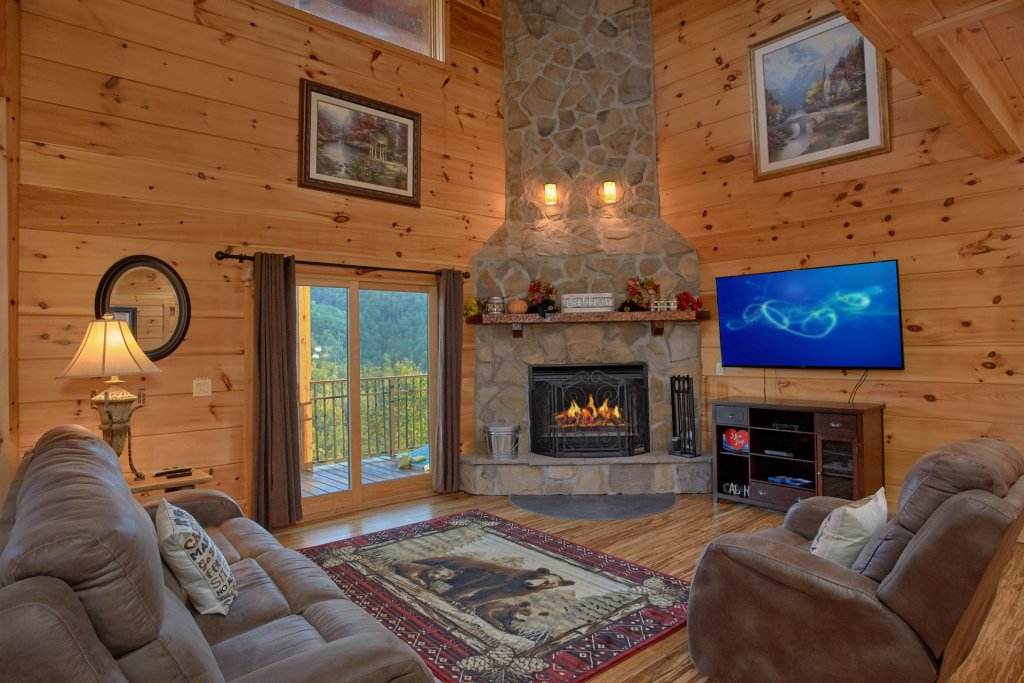Photo of a Gatlinburg Cabin named Forever Young - This is the forty-eighth photo in the set.