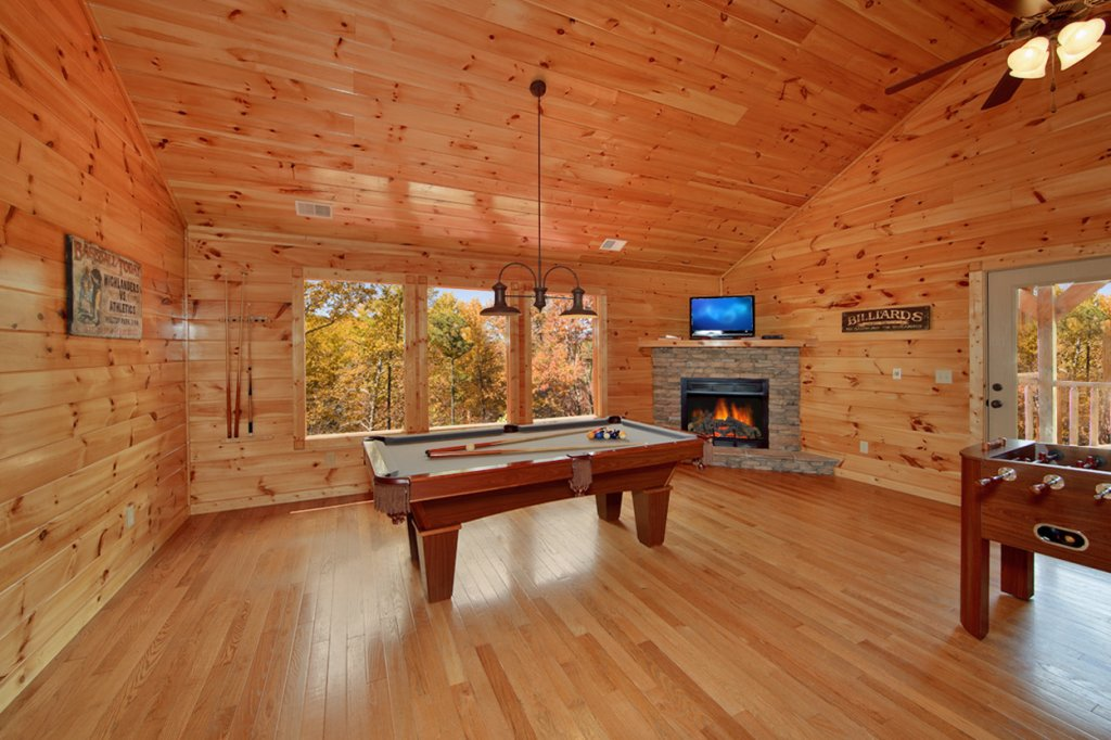 Photo of a Gatlinburg Cabin named Finders Keepers - This is the sixth photo in the set.