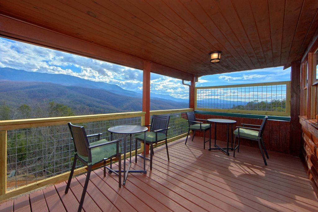 Photo of a Gatlinburg Cabin named Grand View - This is the twelfth photo in the set.