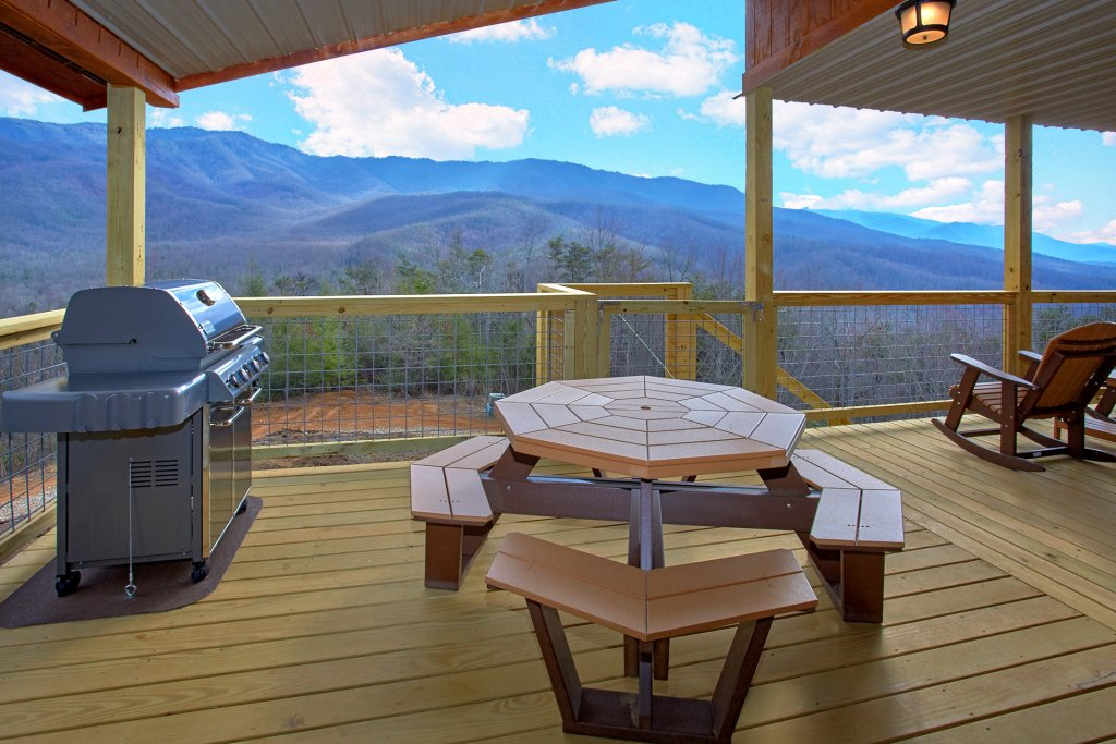 Photo of a Gatlinburg Cabin named Grand View - This is the eleventh photo in the set.