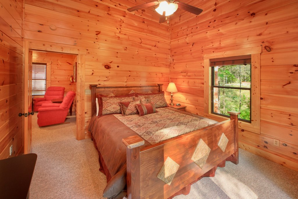 Photo of a Gatlinburg Cabin named Bear Cub Lodge - This is the seventeenth photo in the set.
