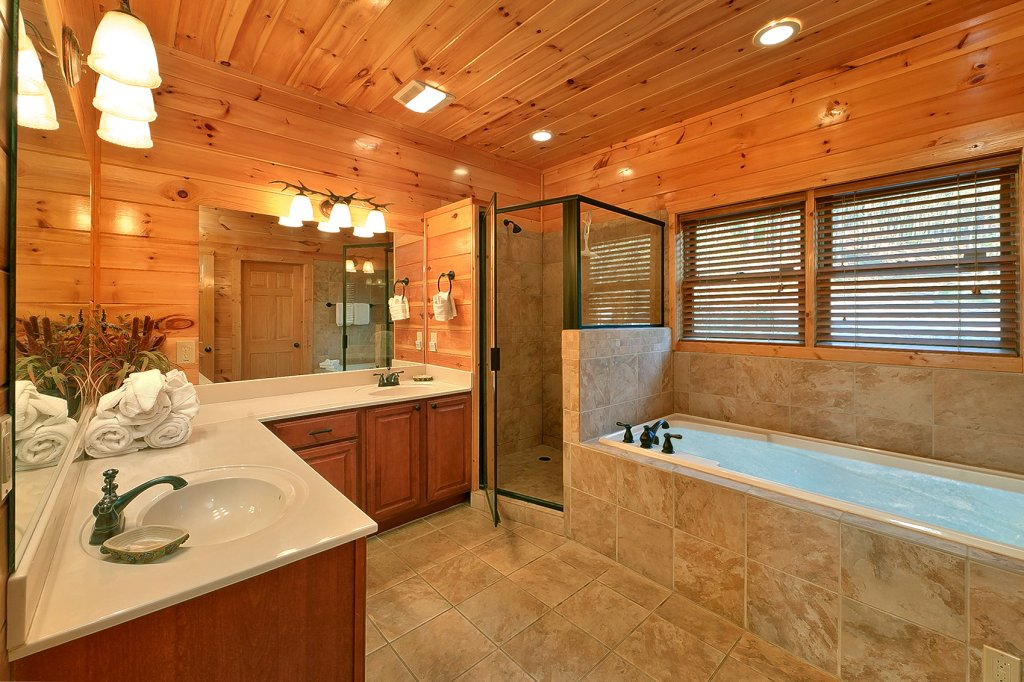 Photo of a Gatlinburg Cabin named Mountain Bliss - This is the twenty-first photo in the set.