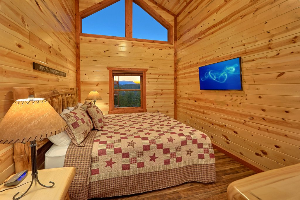 Photo of a Pigeon Forge Cabin named Splash Mountain Lodge - This is the fifteenth photo in the set.