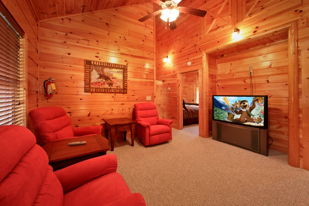 Photo of a Gatlinburg Cabin named Bear Cub Lodge - This is the thirteenth photo in the set.