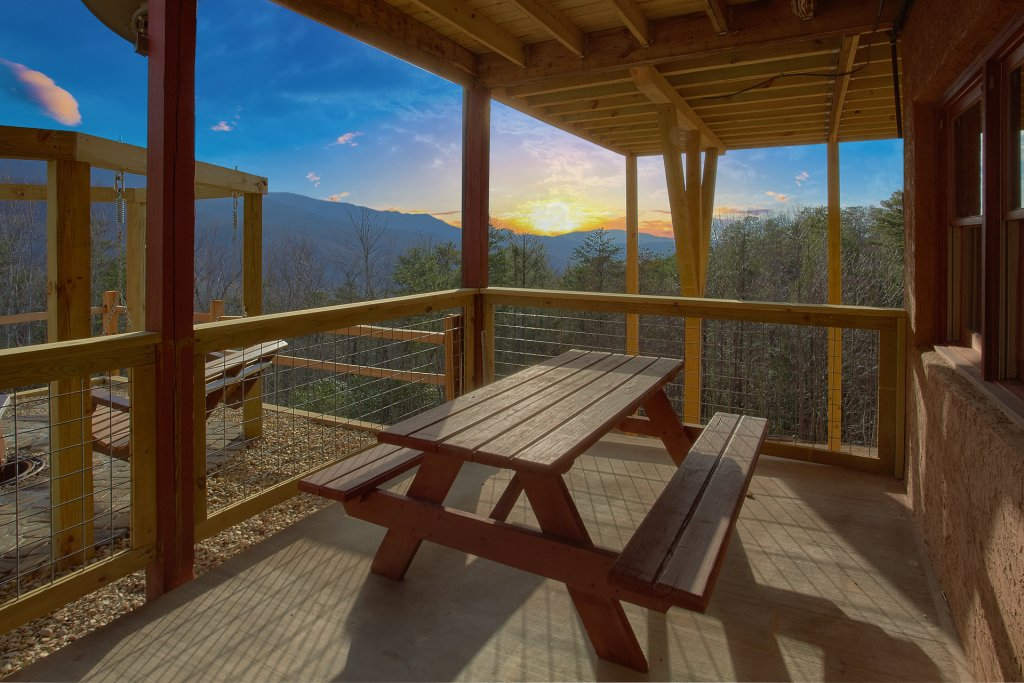 Photo of a Gatlinburg Cabin named Grand View - This is the thirteenth photo in the set.