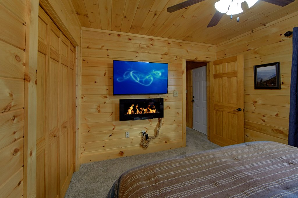 Photo of a Gatlinburg Cabin named Grand View - This is the twentieth photo in the set.