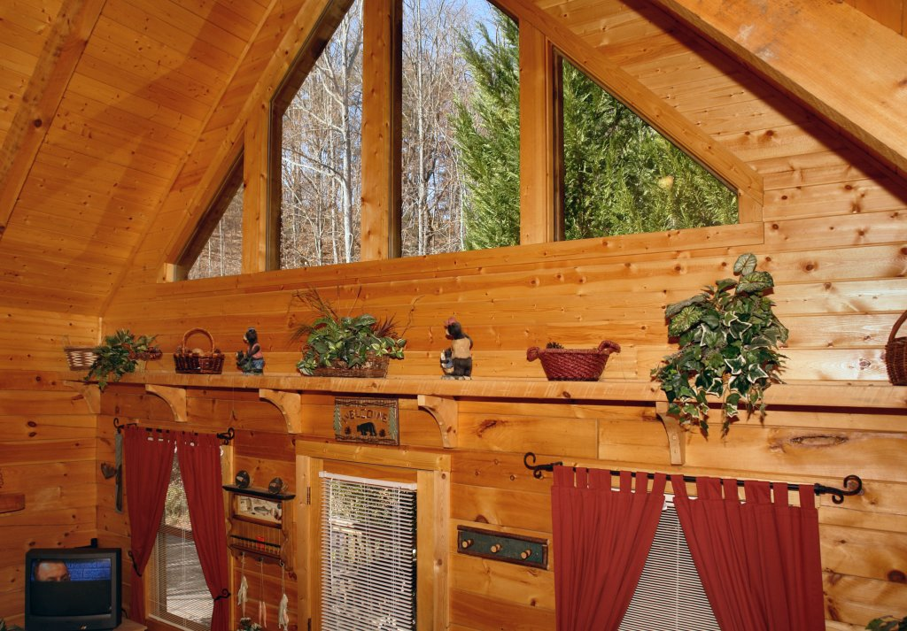 Photo of a Pigeon Forge Cabin named Romantic Hideaway #126 - This is the nineteenth photo in the set.
