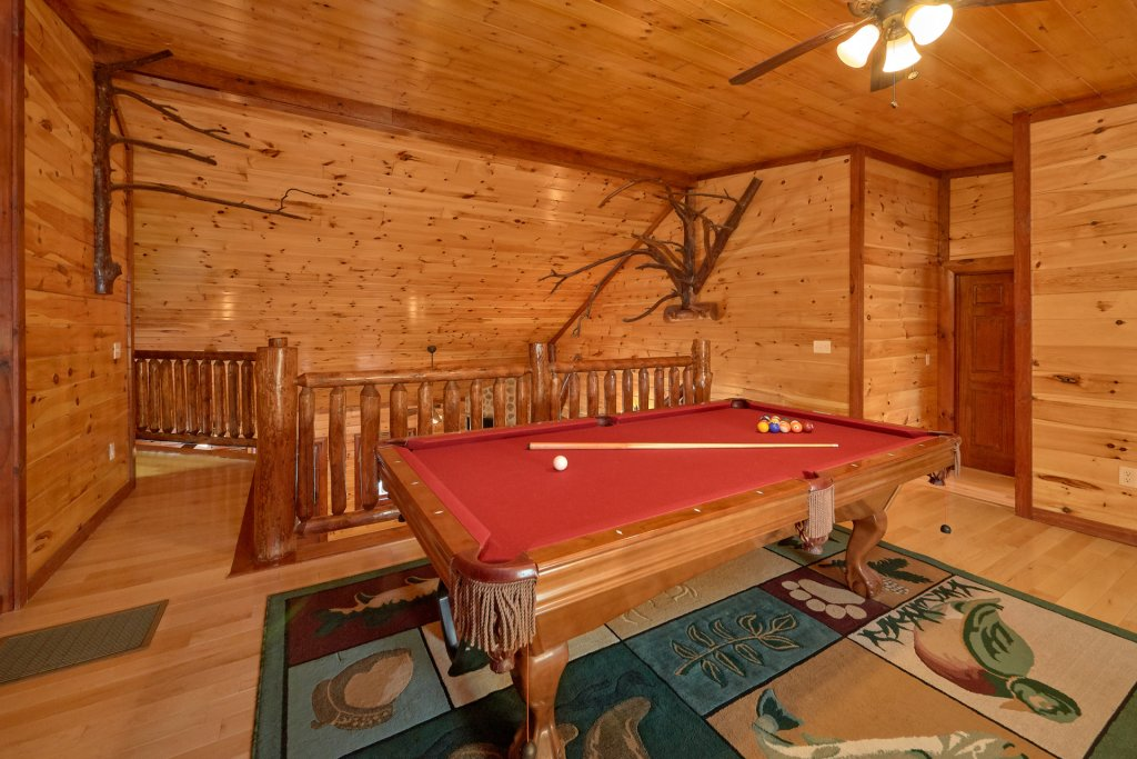 Photo of a Gatlinburg Cabin named Pool Movie 1 - This is the third photo in the set.