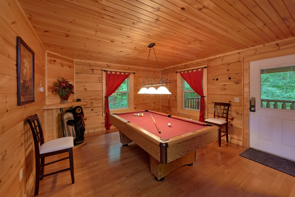 Photo of a Gatlinburg Cabin named Pool Time Paradise - This is the fifth photo in the set.