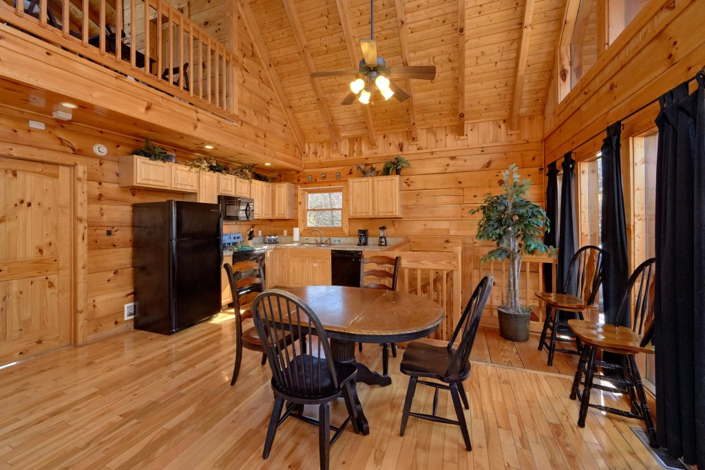 Photo of a Gatlinburg Cabin named Smoky Mountain Serenity - This is the sixteenth photo in the set.