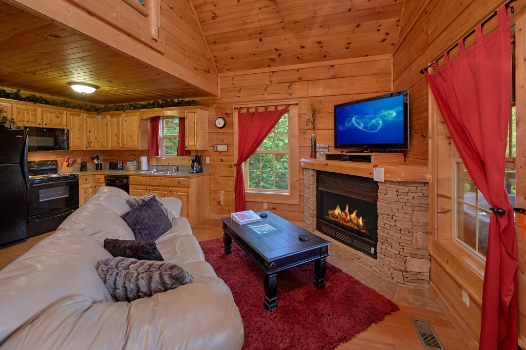 Photo of a Gatlinburg Cabin named Pool Time Paradise - This is the sixth photo in the set.