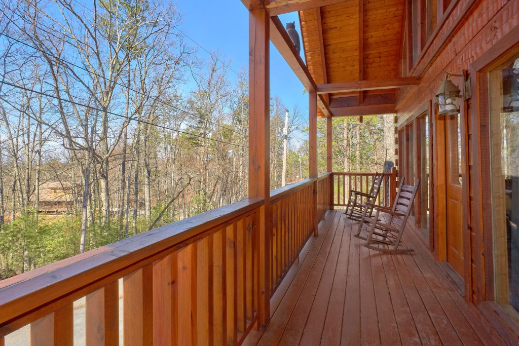 Photo of a Gatlinburg Cabin named Smoky Mountain Serenity - This is the ninth photo in the set.