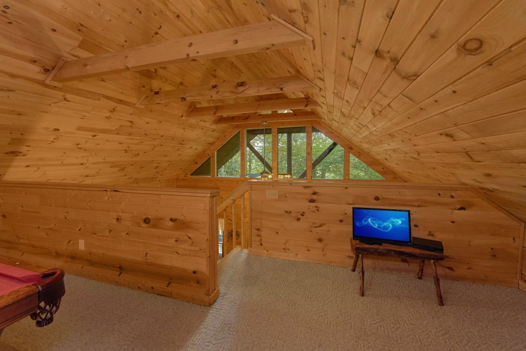 Photo of a Pigeon Forge Cabin named All Tucked Away #114 - This is the twenty-first photo in the set.