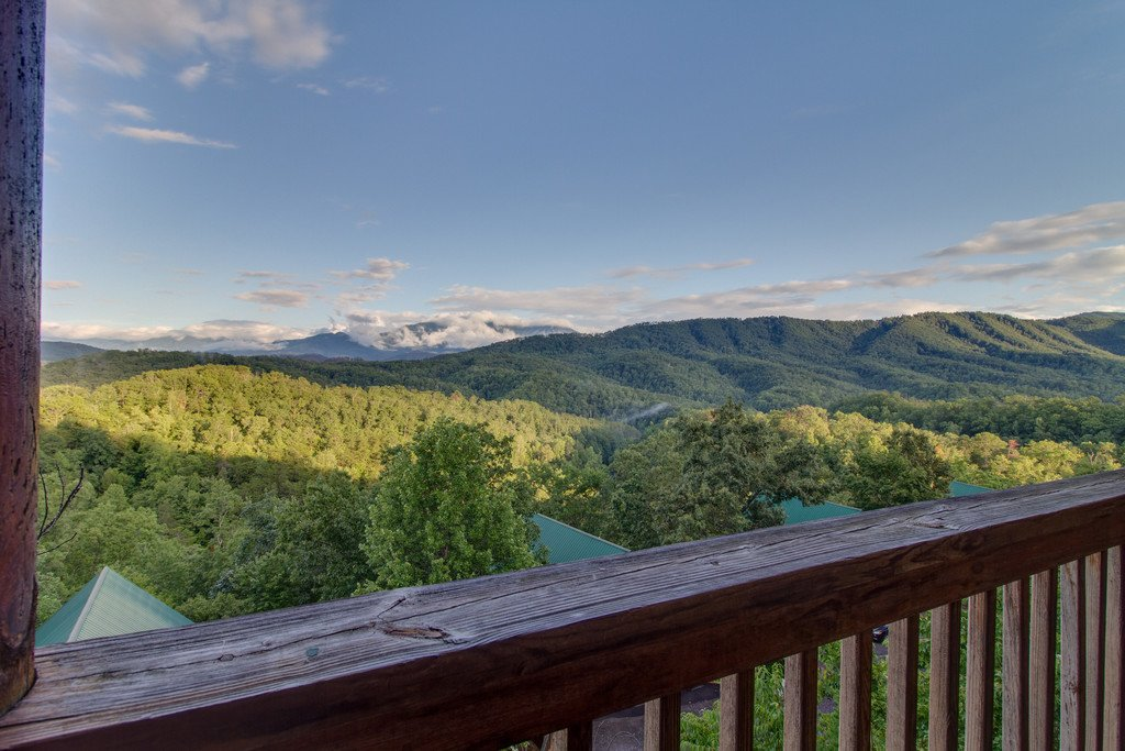 Photo of a Pigeon Forge Cabin named Blue Ridge Sunrise - This is the twentieth photo in the set.