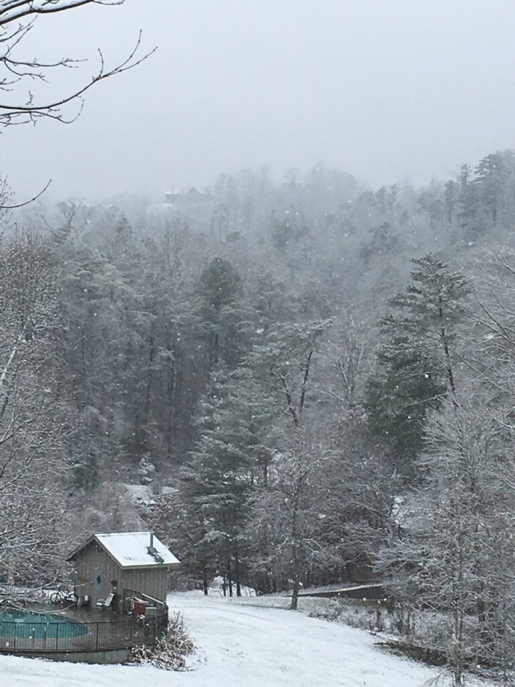 Photo of a Pigeon Forge Cabin named A Heavenly View - This is the second photo in the set.