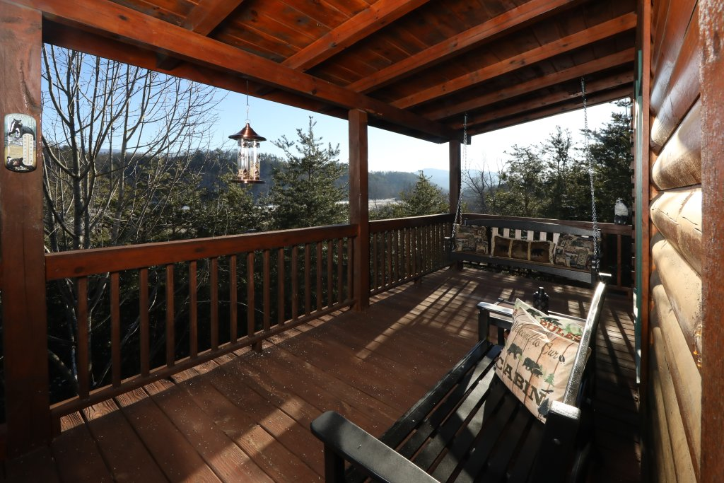 Photo of a Pigeon Forge Cabin named A Heavenly View - This is the ninth photo in the set.