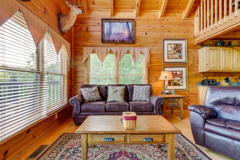 Photo of a Pigeon Forge Cabin named Moonlight Retreat - This is the fifth photo in the set.