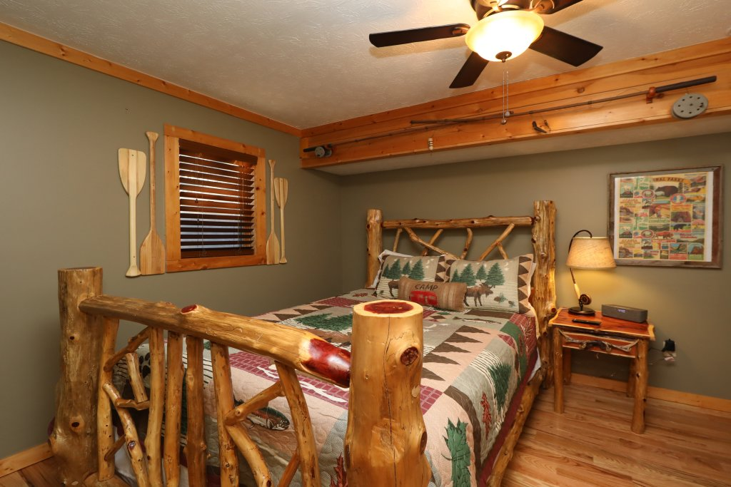 Photo of a Pigeon Forge Cabin named A Heavenly View - This is the twenty-first photo in the set.