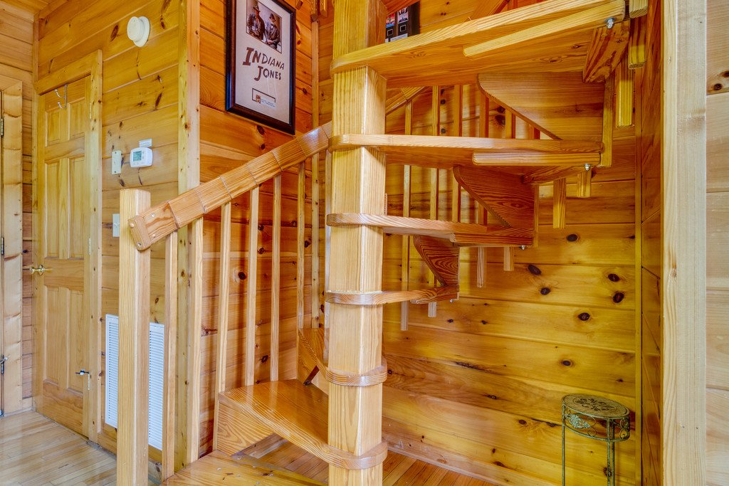 Photo of a Pigeon Forge Cabin named Moonlight Retreat - This is the twenty-second photo in the set.