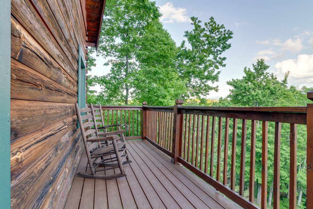 Photo of a Pigeon Forge Cabin named Moonlight Retreat - This is the thirty-second photo in the set.