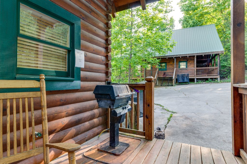 Photo of a Pigeon Forge Cabin named Moonlight Retreat - This is the thirtieth photo in the set.