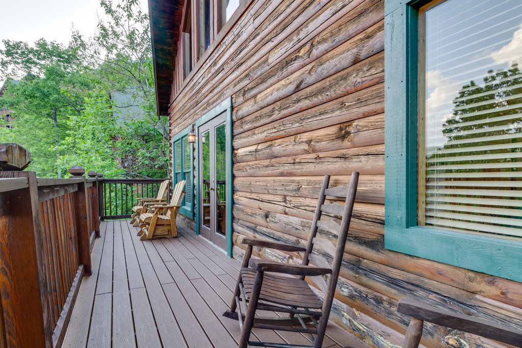 Photo of a Pigeon Forge Cabin named Moonlight Retreat - This is the thirty-fourth photo in the set.