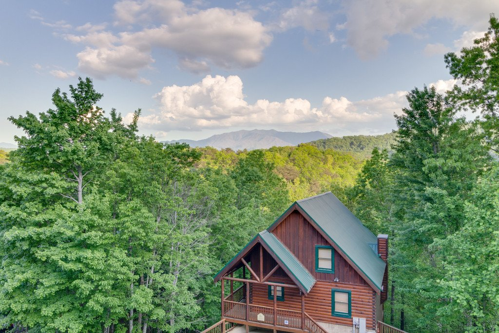 Photo of a Pigeon Forge Cabin named Moonlight Retreat - This is the thirty-eighth photo in the set.