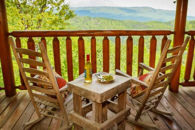 Dream On High A One Bedroom Cabin That Sleeps 8.