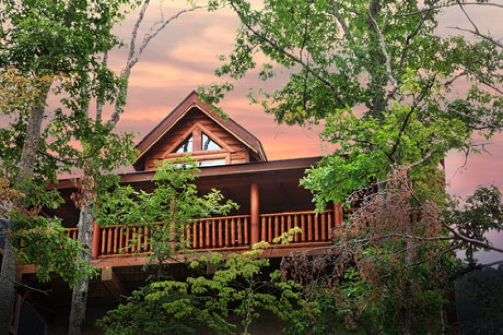 Photo of a Pigeon Forge Cabin named Arden Hill - This is the first photo in the set.