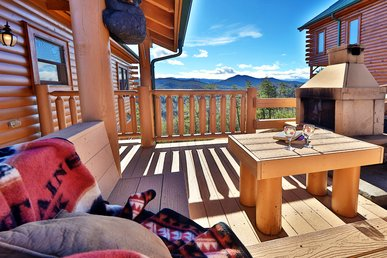Bear-A-Dise in the Smokies is located inside the incredible Preserve Resort