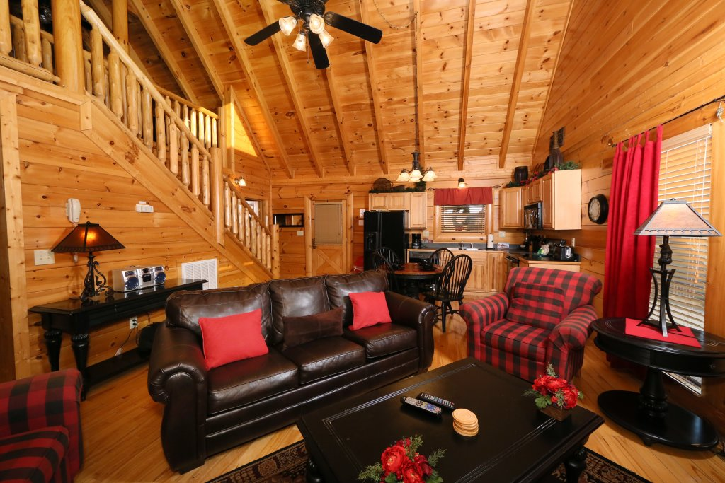 Photo of a Pigeon Forge Cabin named Arden Hill - This is the twelfth photo in the set.