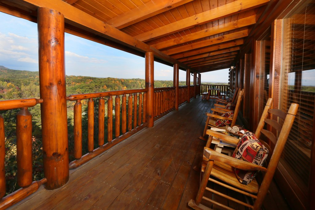 Photo of a Pigeon Forge Cabin named Better View - This is the ninth photo in the set.