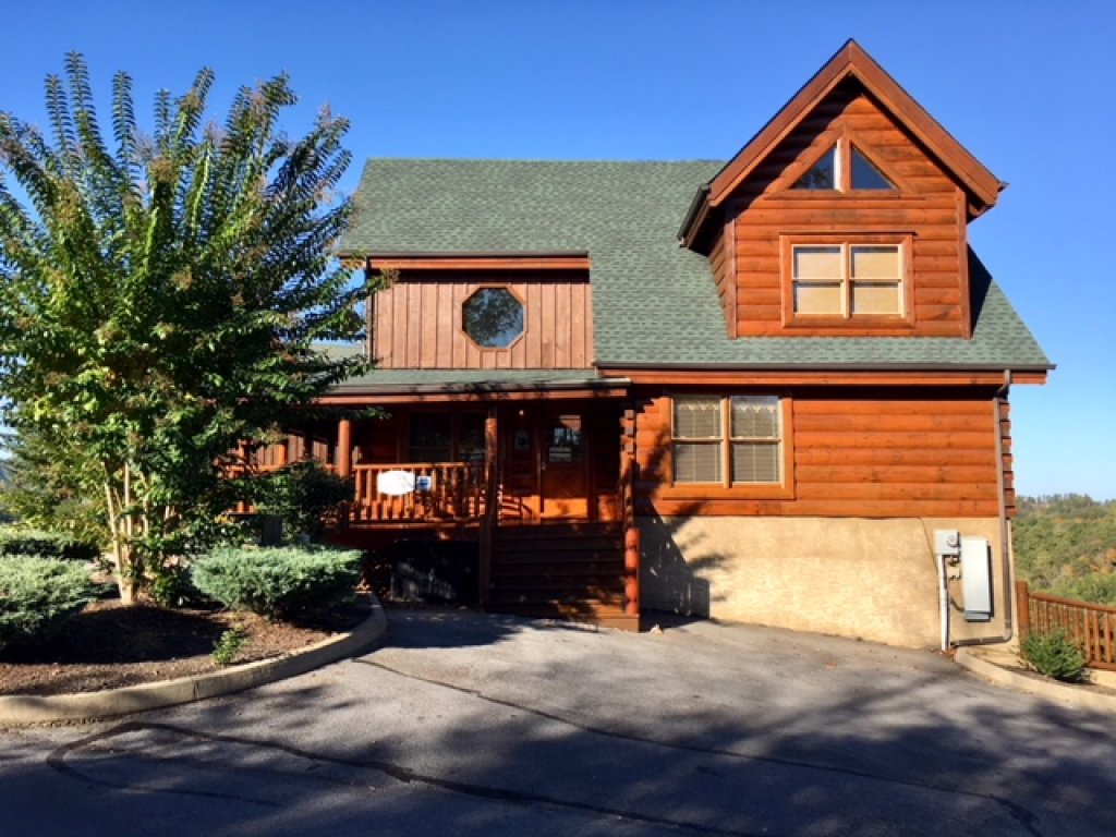 Photo of a Pigeon Forge Cabin named Better View - This is the third photo in the set.