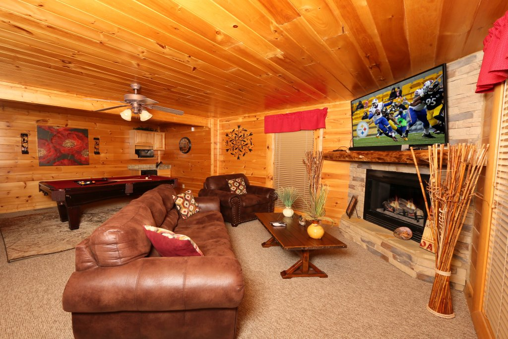 Photo of a Pigeon Forge Cabin named Better View - This is the thirty-fourth photo in the set.