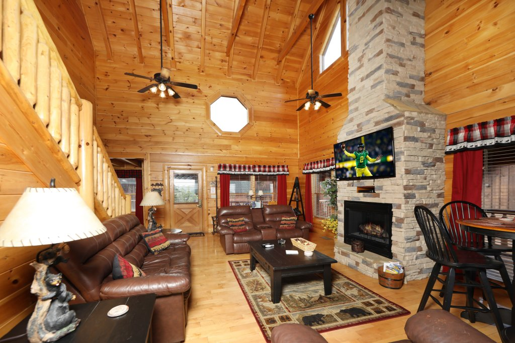 Photo of a Pigeon Forge Cabin named Celebration Lodge - This is the thirty-first photo in the set.