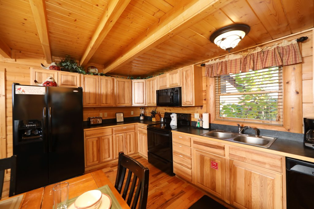 Photo of a Pigeon Forge Cabin named Blessed Nest - This is the forty-seventh photo in the set.